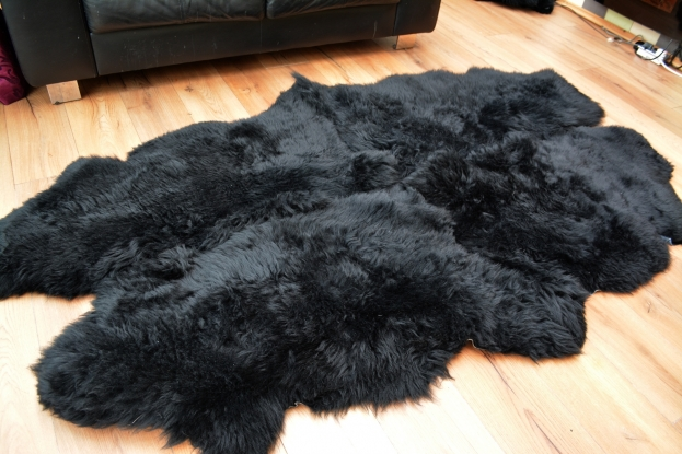Black quad sheepskin rug carpet natural soft wool fur