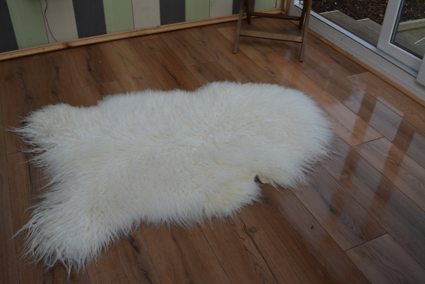 Icelandic curly mongolian sheepskin rug white soft wool