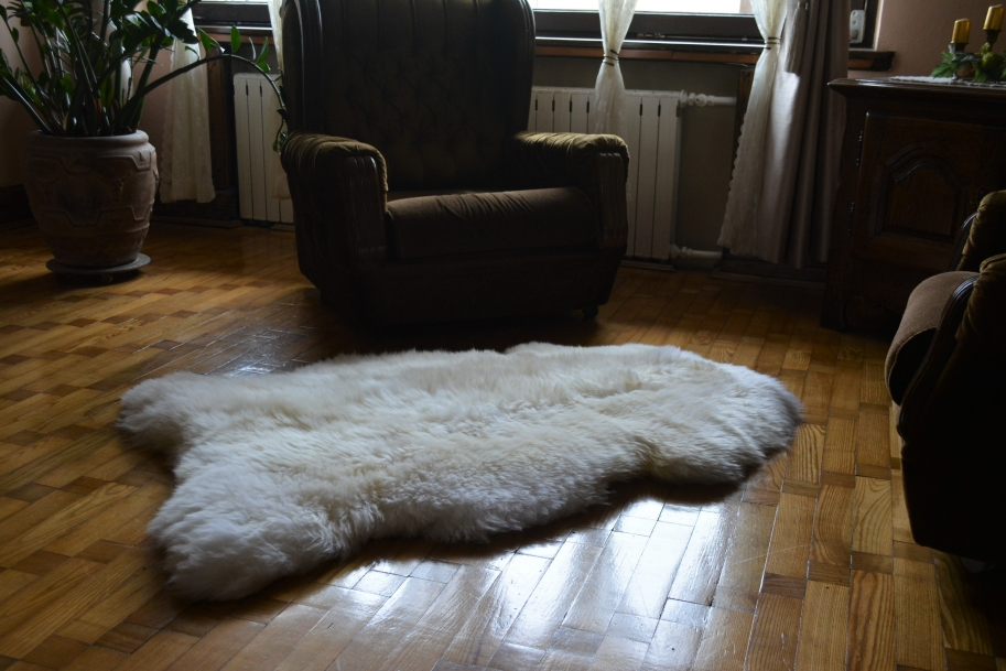 White Creamy  Sheepskin Rug 140-150 XXXL Huge Extra Large Size 100% Natural