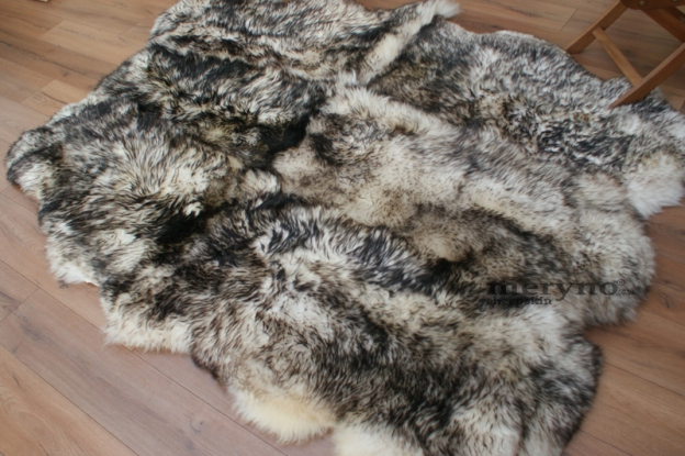 white-brown sheepskin rug